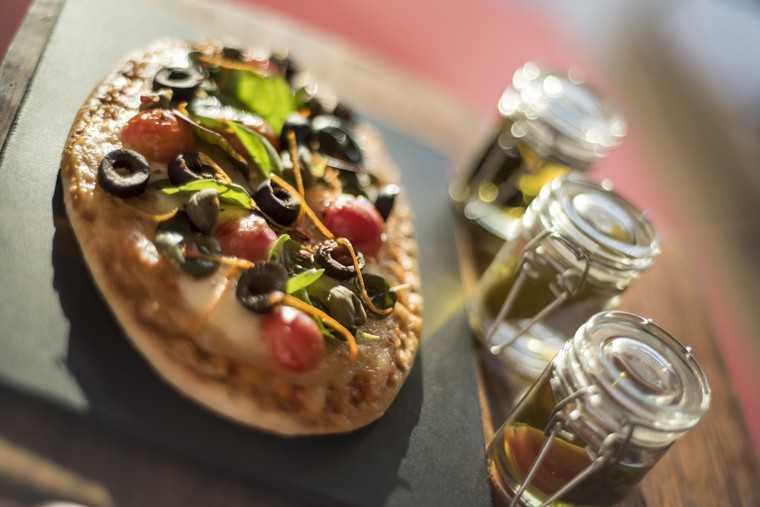 Insalate caprese pizzettes with Italian focaccia
