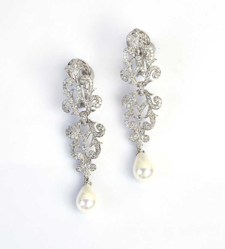 Diamond-earrings-Adawna