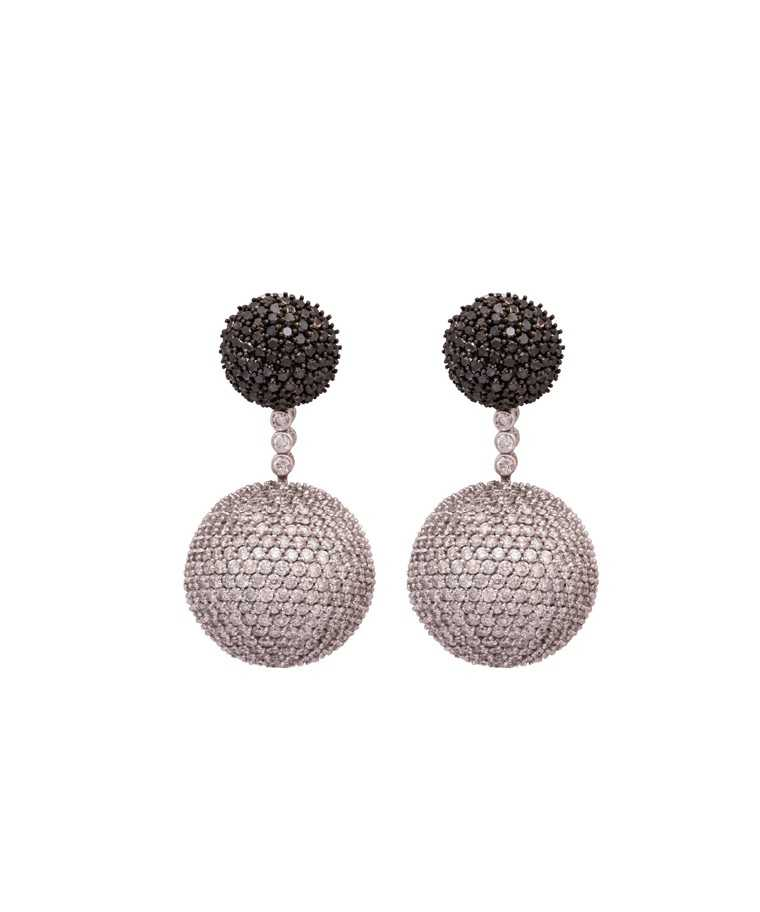 Disco-Ball-diamond-earings- Tanya-Rastogi-for Lala-Jugal-Kishore-Jewellers