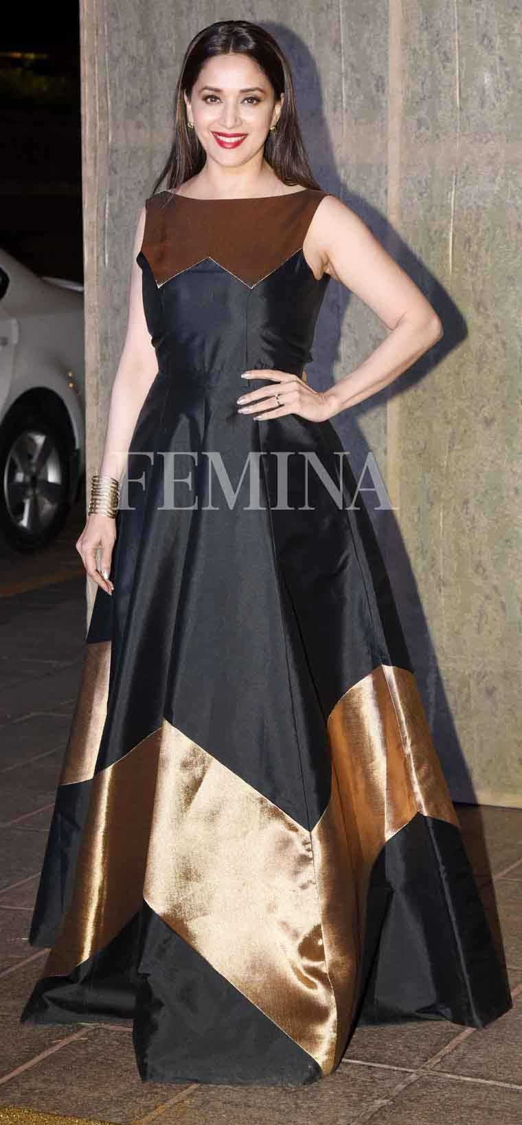 Madhuri-Dixit-Manish-Malhotra-birthday-party