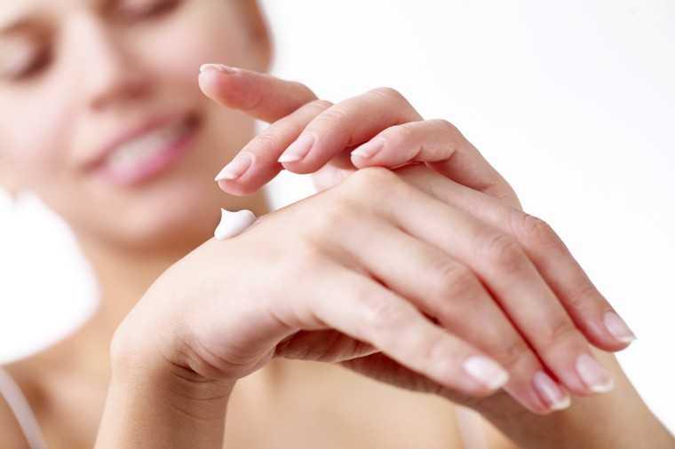 Moisturise dry nails