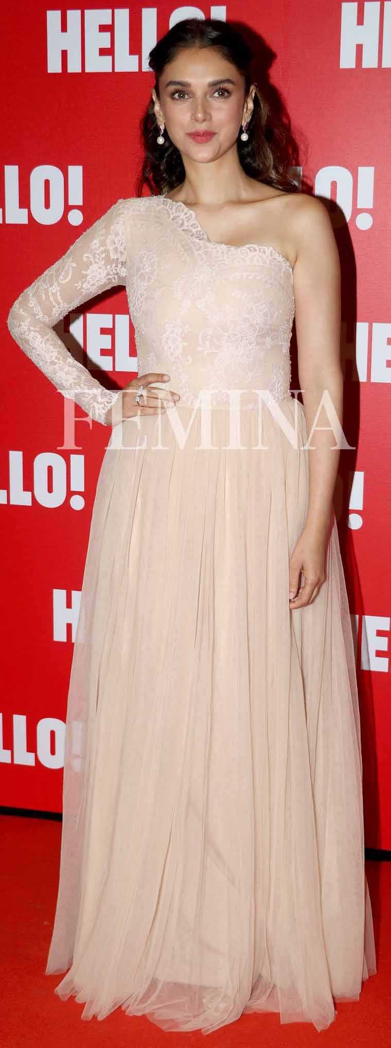 ADITI RAO HYDARI: The actor looked angelic in this cream Hema dress and jewellery from Minawala. The lace sleeve and pleat detailing as well as her partly pinned hair gave us serious fairytale princess vibes.