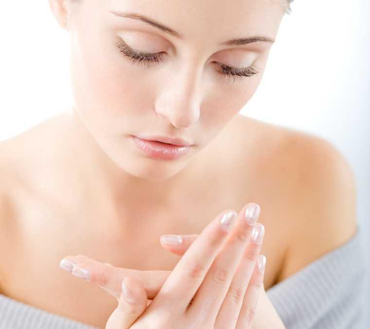 mositurise your skin