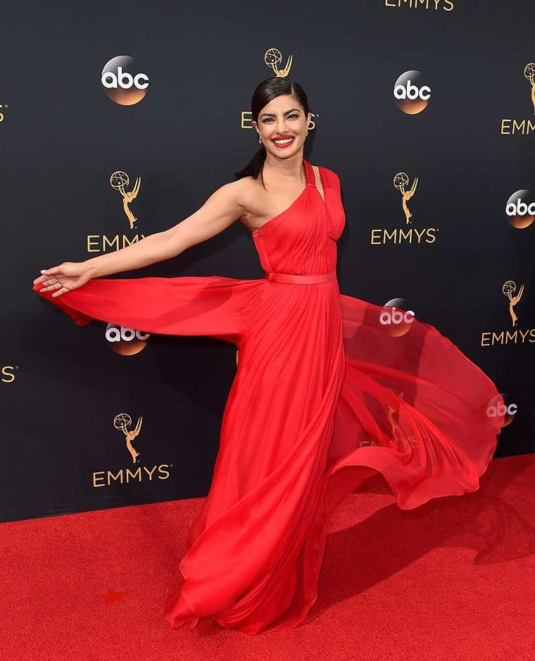 The actor stole the show at the Emmy awards as she twirled away in her red Jason Wu gown.