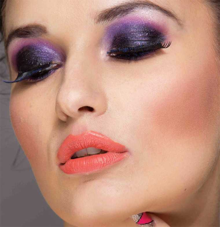 The purple smokey eye STEP 1: Prep skin with a primer and moisturiser. Use a skin appropriate foundation along with a concealer. Finish off with a loose powder to seal in the foundation and concealer STEP 2: Apply an eye primer followed by MAC's Bare St