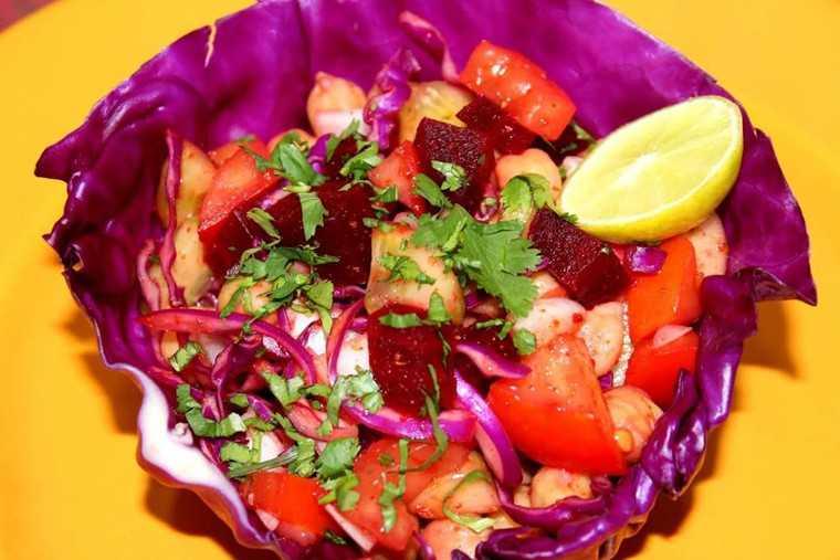 White chickpeas salad