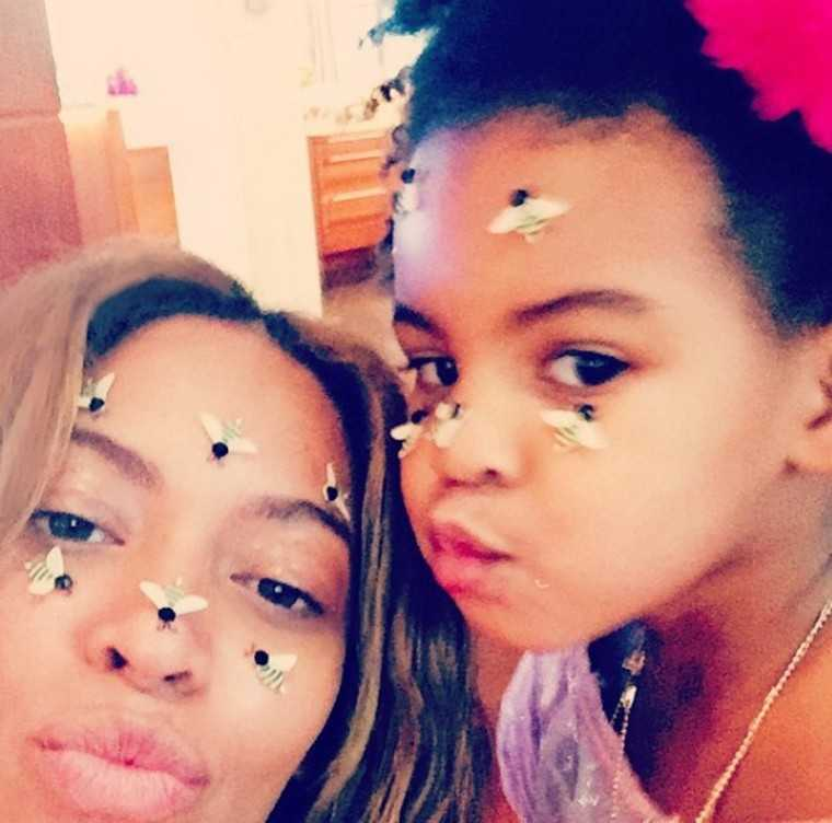 beyonce-blue-bees