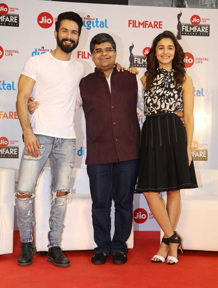Shahid Kapoor Filmfare Editor Jitesh Pillai and Alia Bhatt at the launch of Awards Special issue of Filmfare Magazine