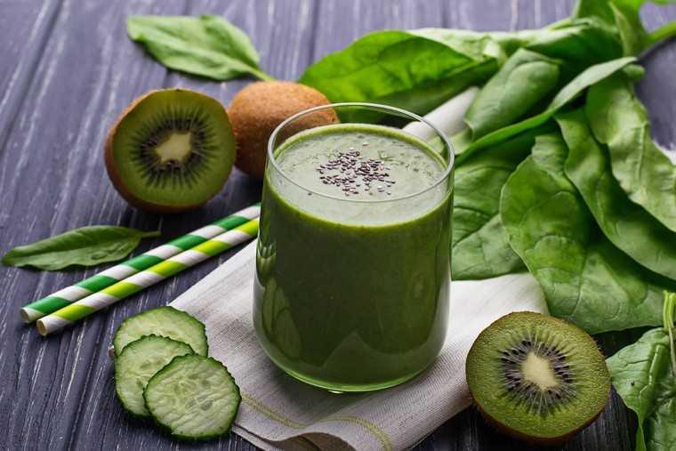 Kiwi-cucumber smoothie