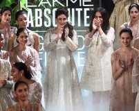 Kareena Kapoor Khan shines at the LFW Grand Finale