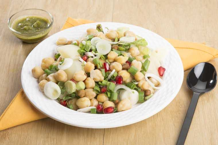 Aloo-chana chaat