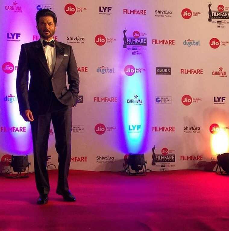 Anil-Kapoor-Jio-Filmfare-awards-2017
