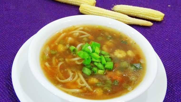 baby corn noodle soup