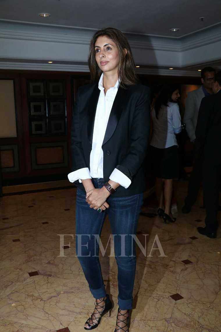 Shweta-bachchan-nanda-book-launch-tuxedo-jacket-blazer