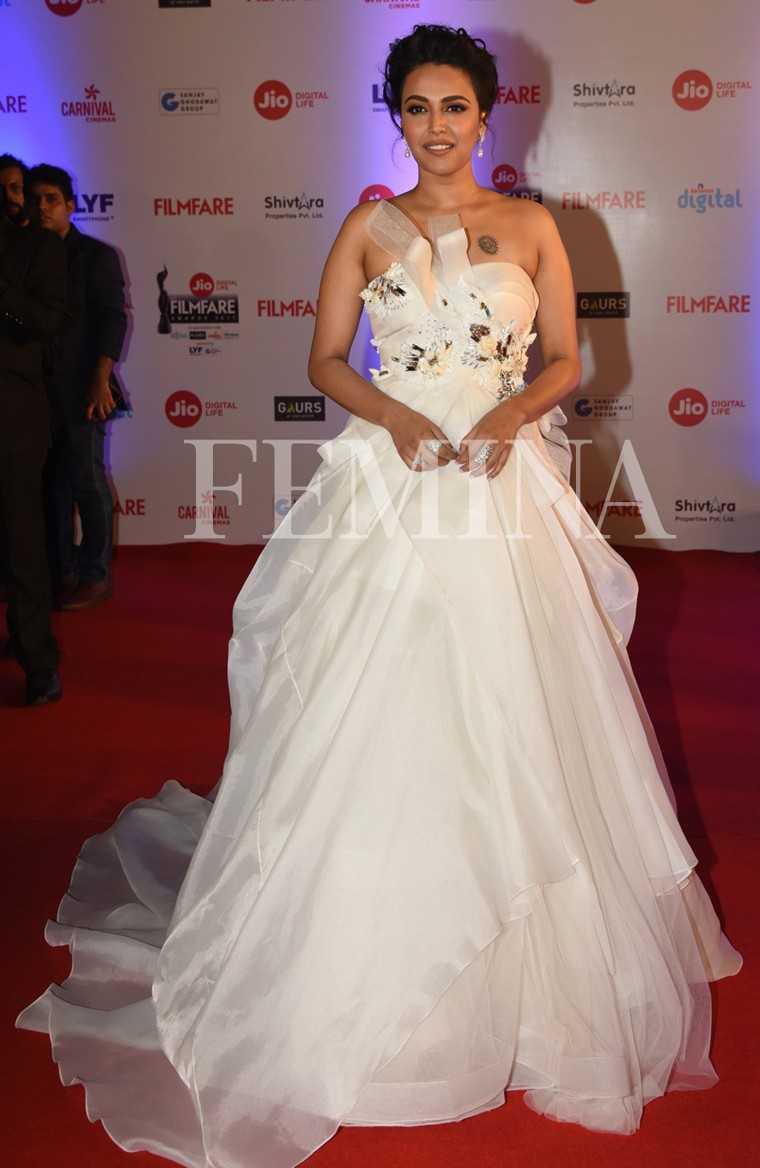 Swara Bhaskar-Jio-Filmfare-Awards-2017