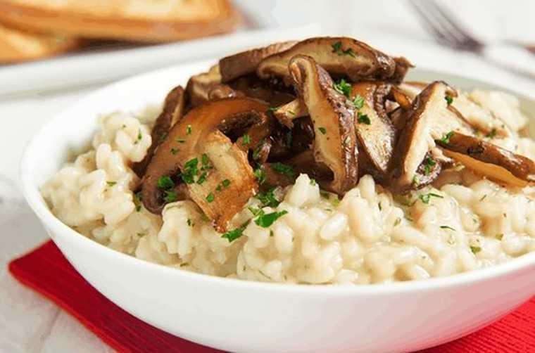 Mushroom, roast onion & ricotta risotto