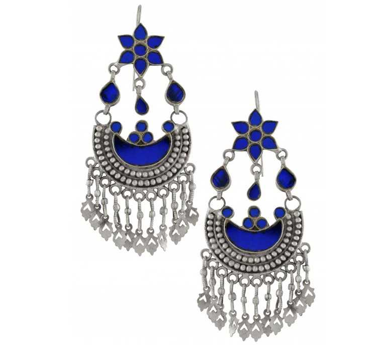 Anushka's Silver Earrings in Ae Dil Hai Mushkil