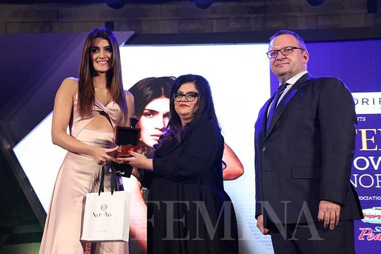 (From left) Kriti Sanon, editor, Femina, Tanya Chaitanya with Kanashin Sergei, SVP Head of South Asia & MD Oriflame India