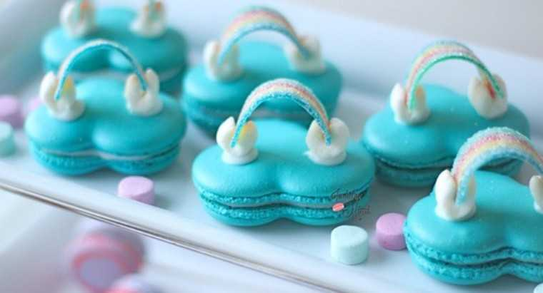 Gorgeous 'Over the cloud' rainbow macarons at Indulgewithmimi.com