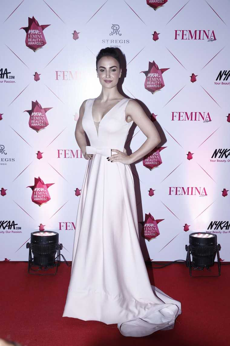 Eli Avram in a blush gown