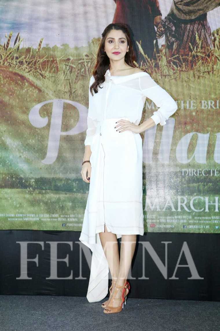 Anushka Sharma vizyon-dress