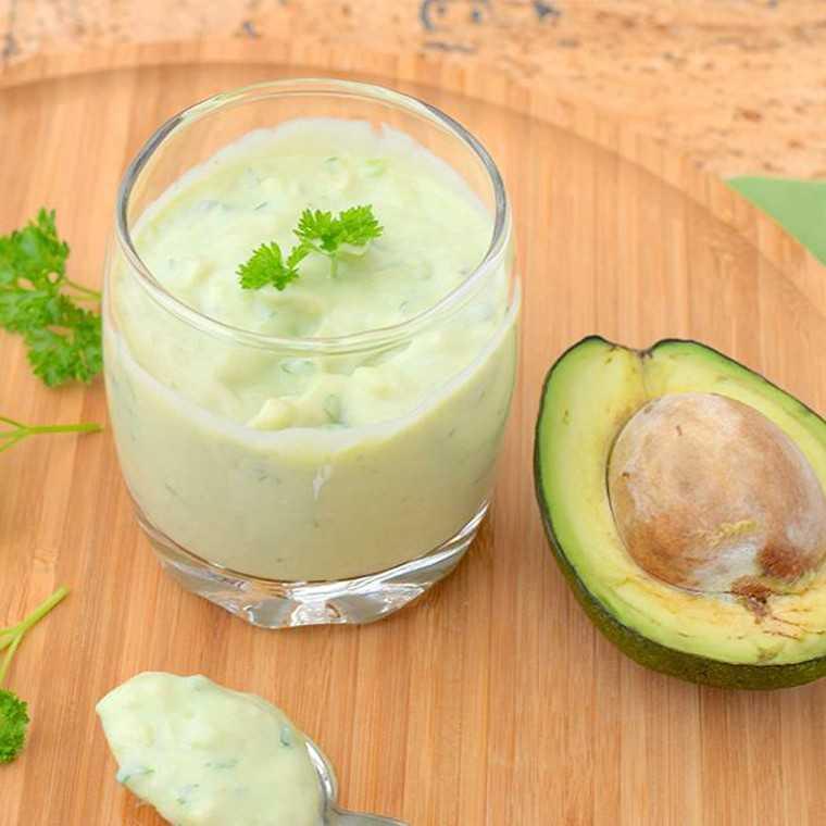 Avocado and yoghurt dressing