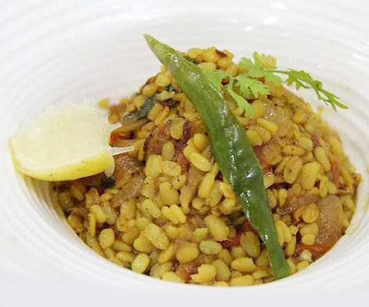 Dry masala chana dal