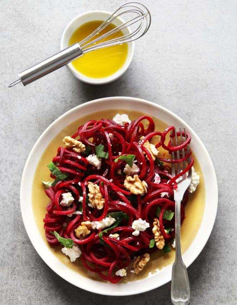 beetroot with feta cheese and walnuts