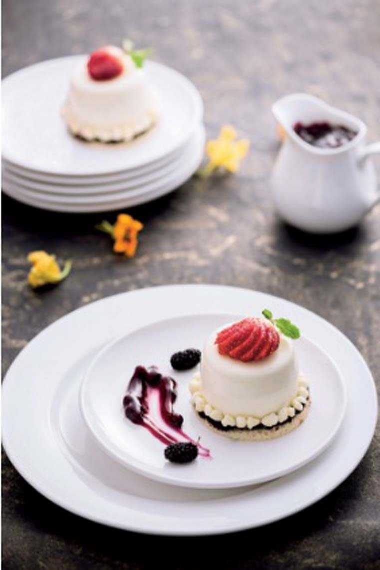 berry panna cotta
