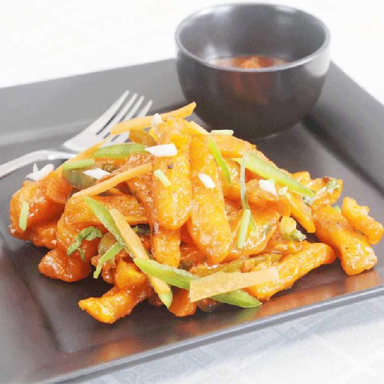 Chilli garlic potatoes