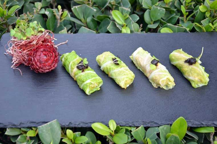Steamed Chinese cabbage vegetable roll