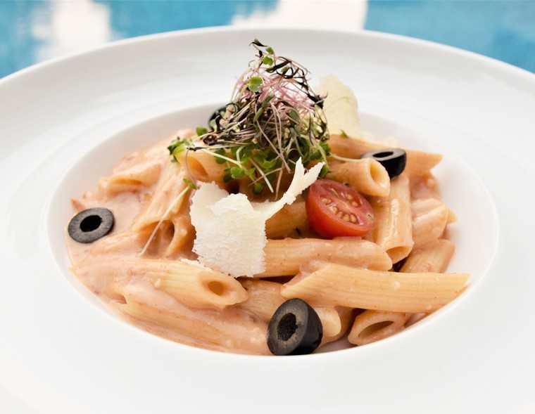Pastapollo Ed asparagi