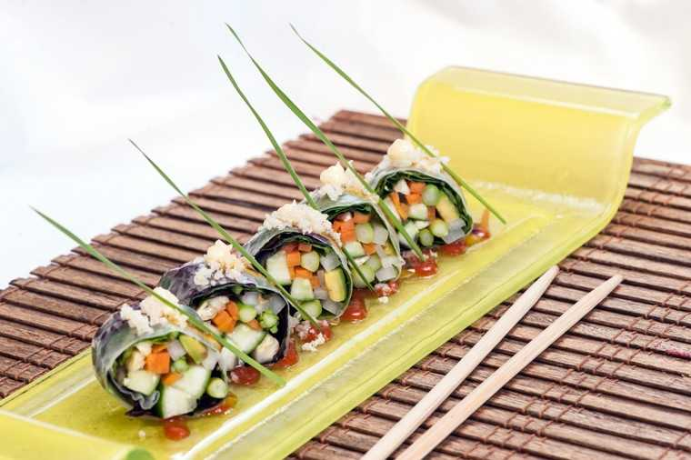 Rice paper vegetable roll