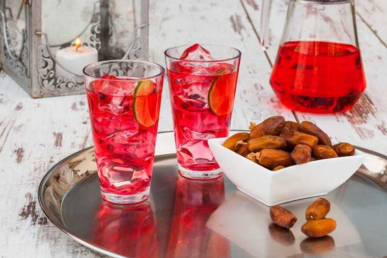 Rooh Afza lemon cooler