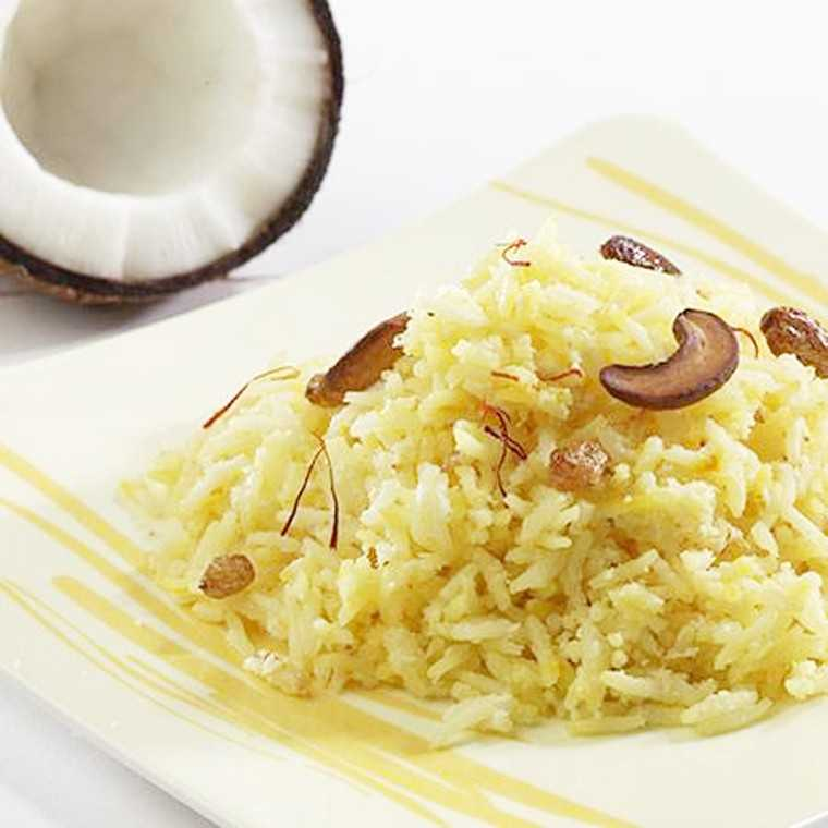 Sweet rice with coconut