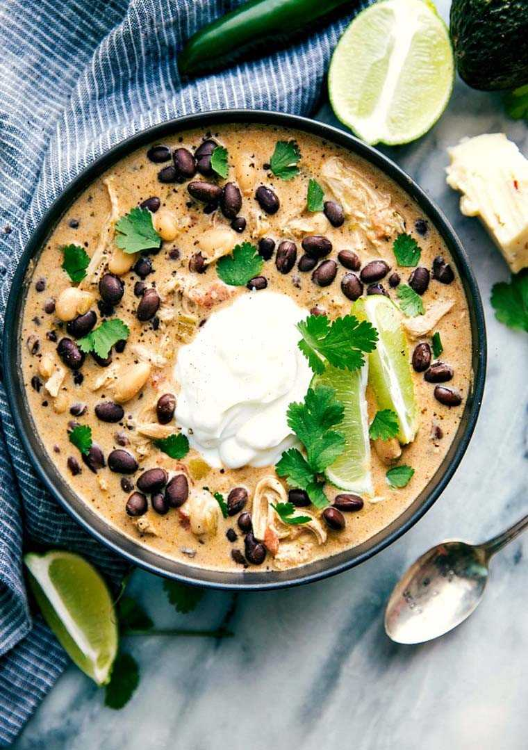 Green chicken chile enchilada soup