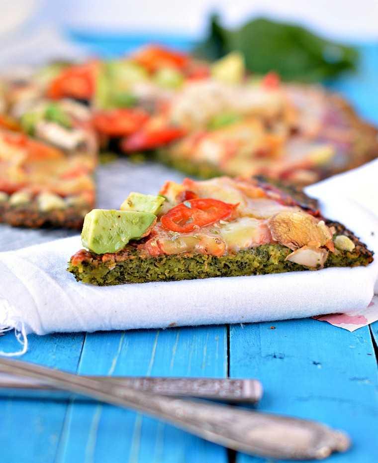 Kale leaves pizza