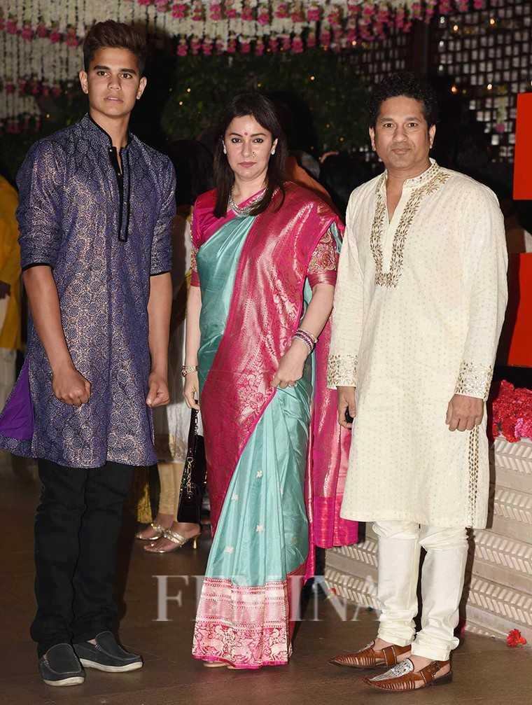 Arjun tendulkar, Anjali Tendulkar, Sachin Tendulkar
