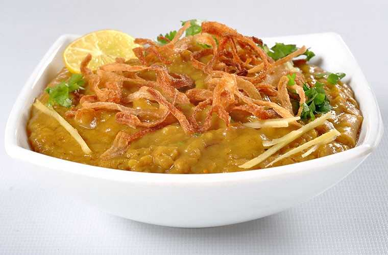 Haleem with lemongrass