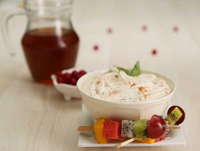 Maple sour cream dip