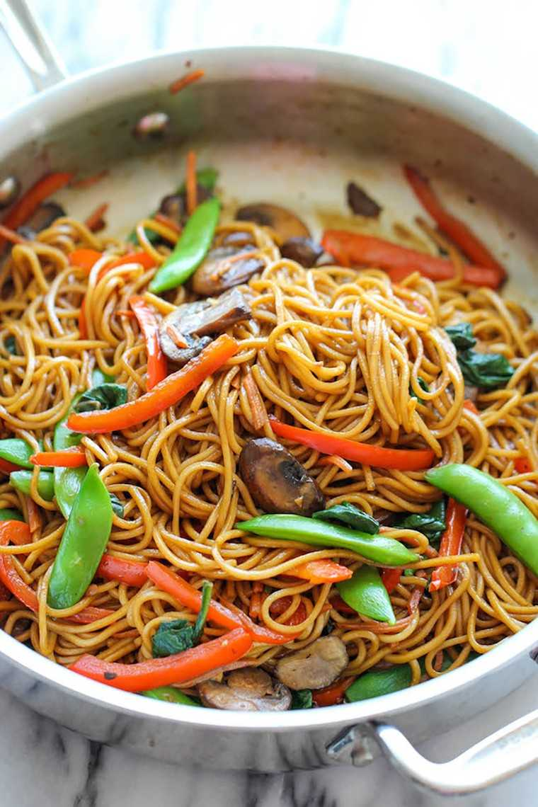 Easy, tasty and healthy lo mein