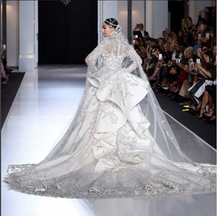 Sonam Kapoor turns showstopper at Paris Couture Week
