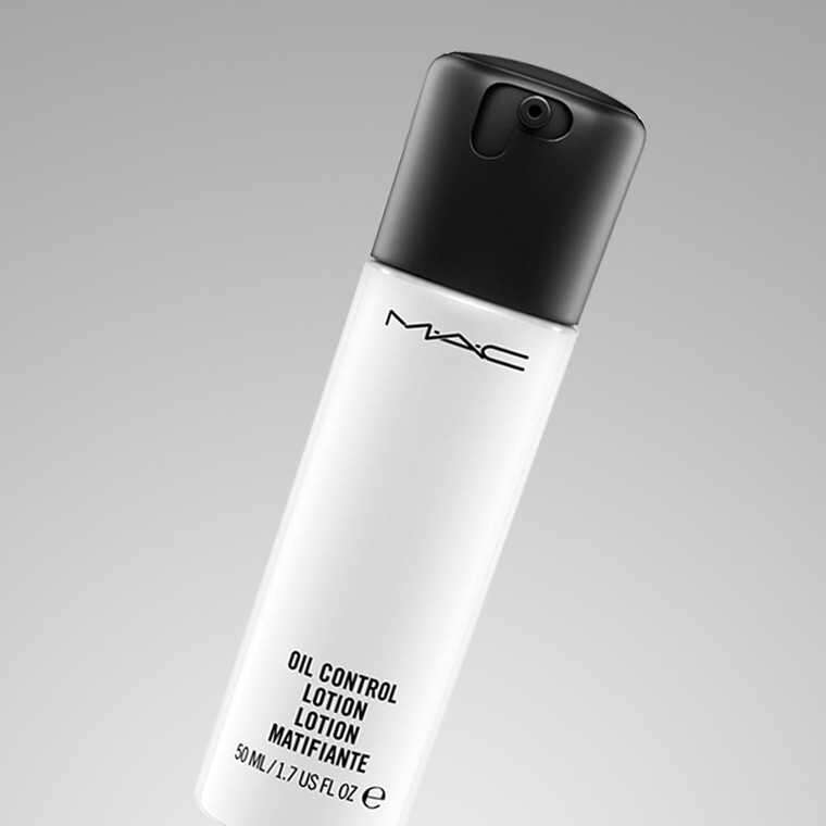 M·A·C Oil Control Lotion
