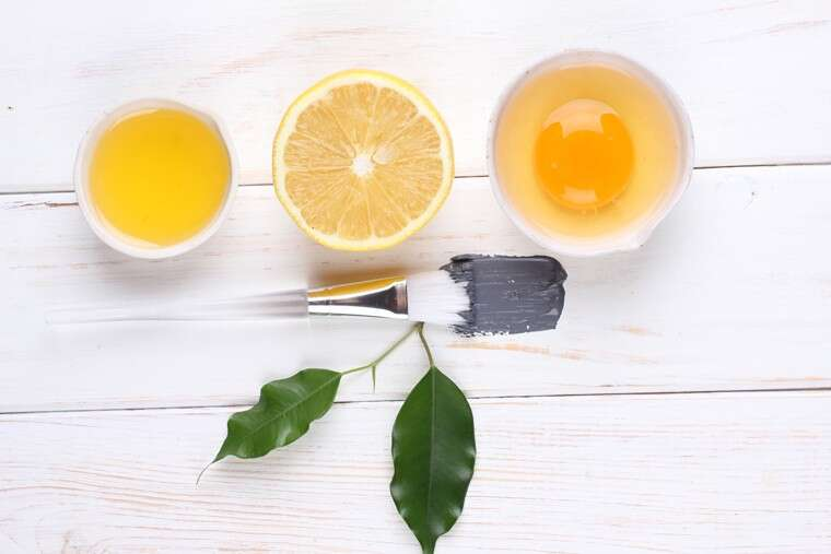 Lemon and egg mask