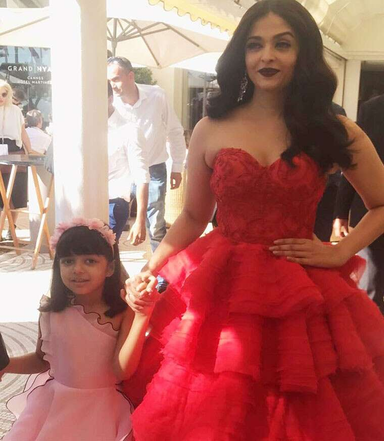 Aaradhya with mum at Cannes red carpet