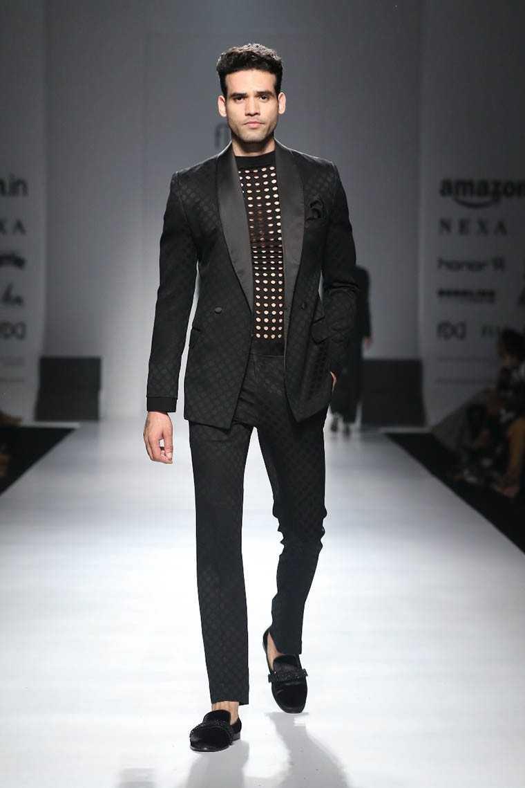Designer Ashish N Soni