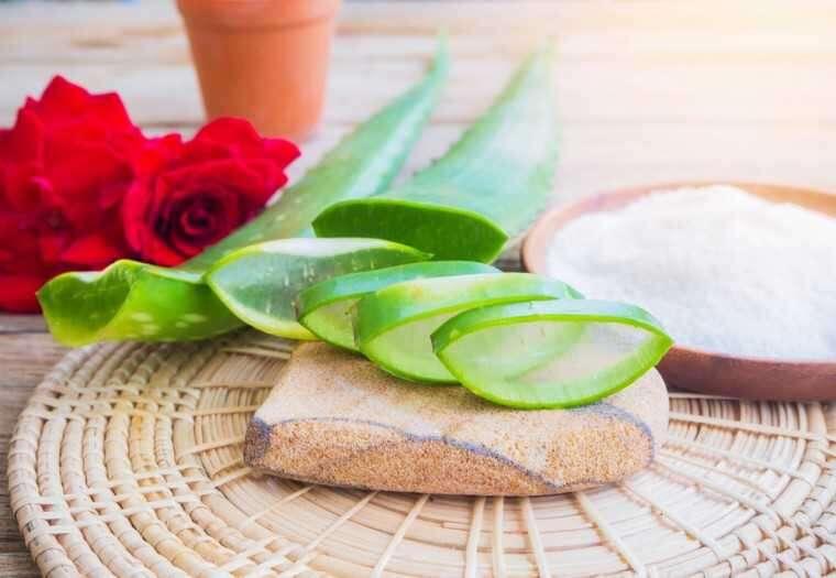 Aloe vera and glycerin mask