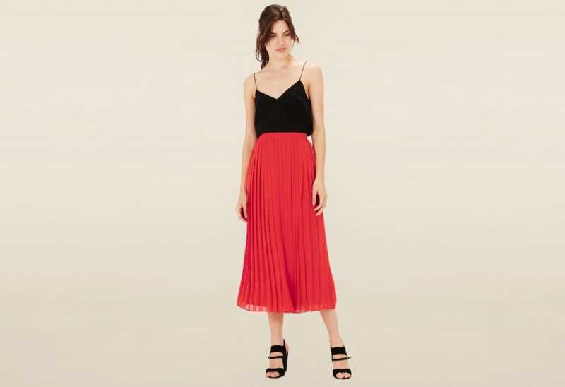 Warehouse Red Solid Skirt