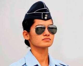 இந்தியாவின் முதல் பெண் போர் விமானி!