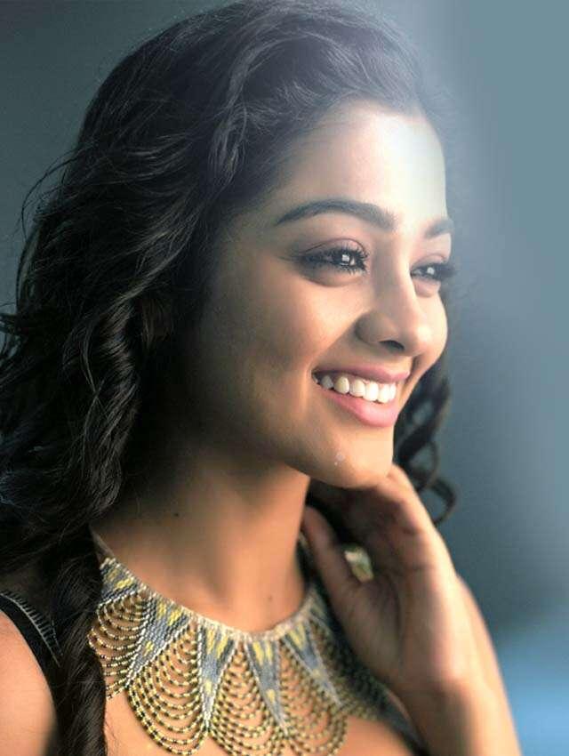 Gayathrie Shankar_1